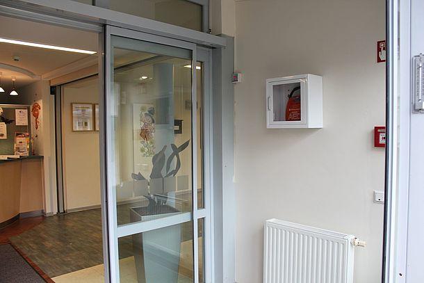 AED-Standort im Vorflur rechts